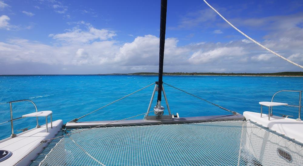 cat-island-sail
